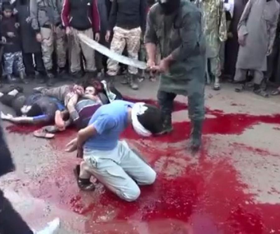 Immagine dell'ultima esecuzione mostrata dall'ISIS