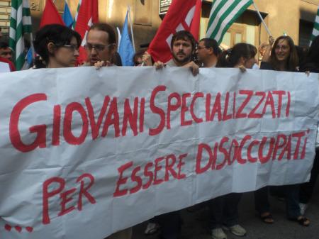 Proteste per la disoccupazione giovanile