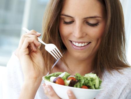 Mescolare diversi tipi di lattuga per un migliore effetto antiossidante.