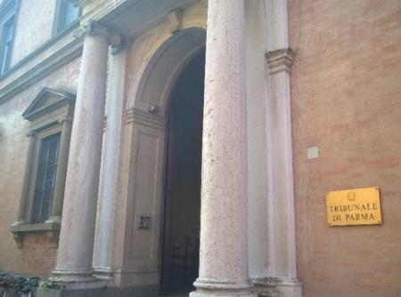 Ingresso della Procura di Parma