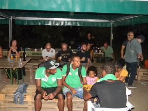 Giovani giocatori dell'Afro-Napoli United