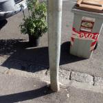 Palo videosorveglianza danneggiato