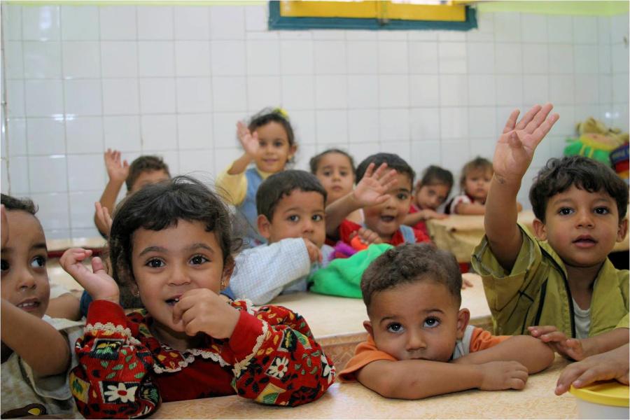 Bambini egiziani a scuola