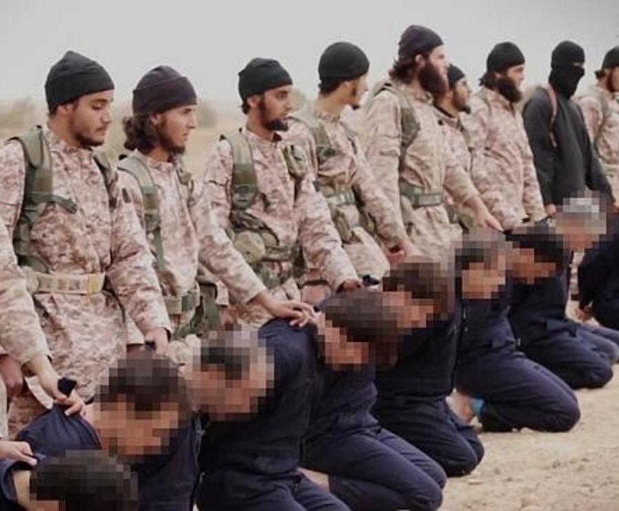Fotogramma dal video dell'esecuzione multipla dello Stato Islamico