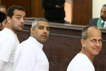 I tre giornalisti di Al Jazeera arrestati per affiliazione terroristica
