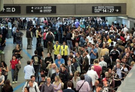 Aeroporti e passeggeri sotto controllo