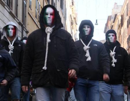 Manifestanti Casapound