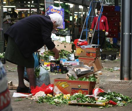 Povertà in aumento - Foto di Massimo Percossi