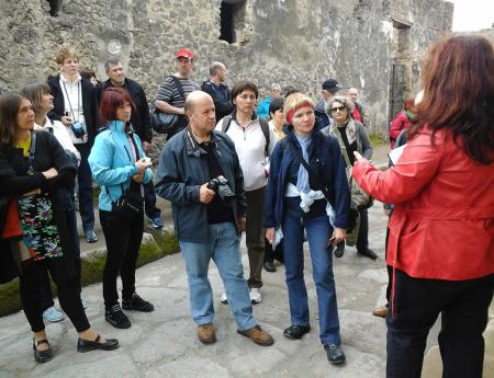 Guida turistica italiana abilitata.