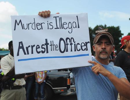 Proteste contro la violenza della polizia americana