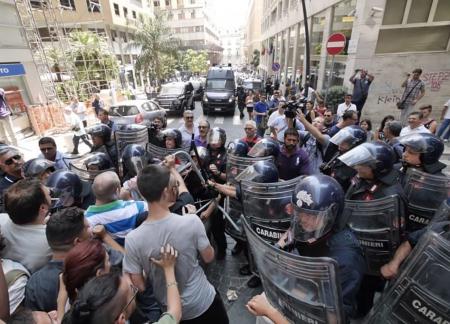Proteste contro la Lega