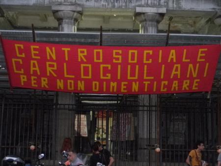 Cento Sociale 'Carlo Giuliani' di Napoli - Foto di Riccardo Bruno
