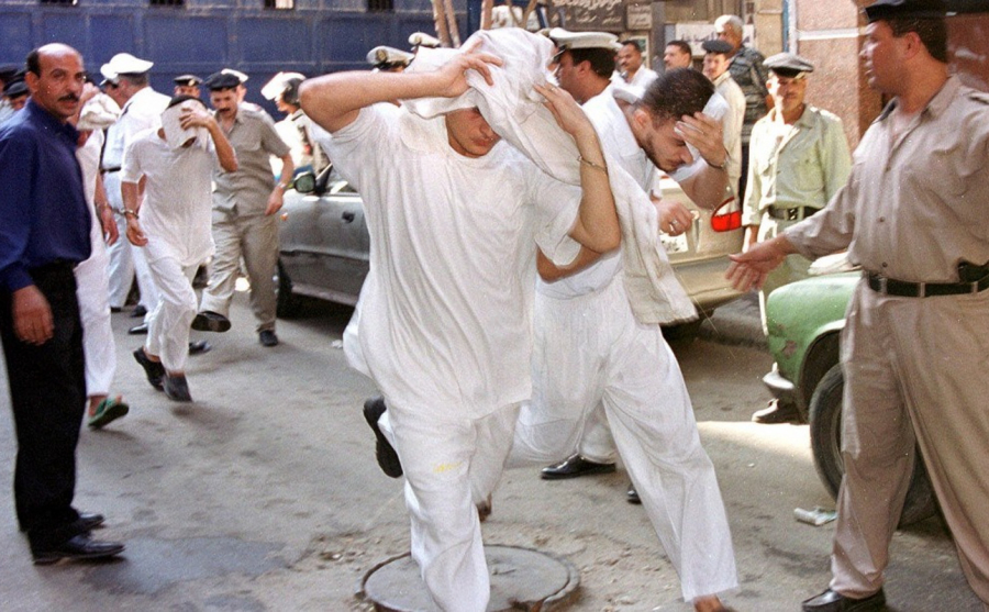 Alcuni dei presunti omosessuali arrestati al Cairo durante i giorni dell'Eid al Adha