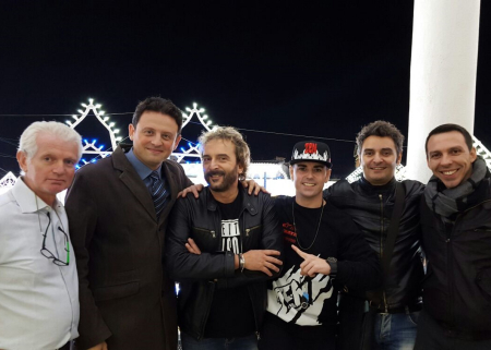 Da sinistra: Domenico Migliaccio, il Sindaco Sarnataro, Tony Tammaro, Ivan Granatino, gli assessori Mario Imbimbo e Dario Palumbo